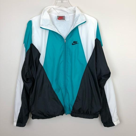 f59d9d9b9364 Nike Jackets   Coats